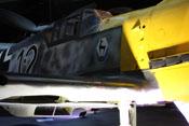 Flügelvorderkante, hinteres Haubenteil und Windschutzaufbau der Bf 109 im Detail