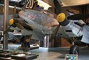Ansicht des Zerstörers Messerschmitt Bf 110 F-2 'Werknummer 5052' von vorne links