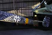 Balkenkreuz und taktische Markierung (D5) des Nachtjagdgeschwaders 3 auf dem seitlichen Rumpf der Messerschmitt Bf 110 G-4/R6