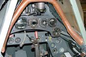 Cockpit mit Instrumenten