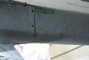 Deckel für die Unterschale, Abdeckung der Gerätewanne und eingefahrene Leiter