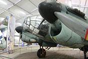 Blick auf die Triebwerke und die Vollsichtkanzel des He-111-Lizenzbaus