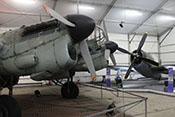 Größenvergleich zwischen der CASA C-2.111 (Heinkel He 111) und der Republic P47 'Thunderbolt'