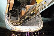 Blick in die Einstiegslucke am hinteren Ende der Bodenwanne - der Lafettenkorb des C-Standes wurde hierfür nach innen geklappt