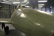 Ovale Abdeckungen über den ursprünglichen Öffnungen für die MK108-Bordkanonen