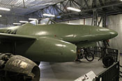 Seitenansicht des Strahljägers im Luftfahrtmuseum Prag-Kbely