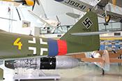 Leitwerksträger und Rumpfhinterteil der Me 262 mit Rumpfband des JG7