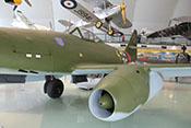 Innerer Vorflügel, Strahltriebwerk und mittlerer Vorflügel der Me 262 von vorne gesehen