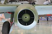 Ansaugöffnung und Anlasserverkleidung des Junkers Jumo 004