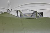 Dreiteiliger Windschutzaufbau des Cockpits