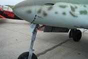 Federbein und Bugradklappe der Me 262