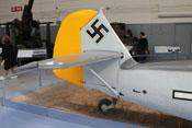 Heck der Bf 109 'Emil' mit dem karakteristischen, abgestützten Höhenleitwerk