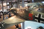 Ansicht der Messerschmitt Bf 109 E-4 'WNr. 1407' von hinten links