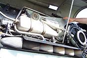 Abgasstutzen auf der linken Seite des Flugzeugtriebwerkes Daimler-Benz DB 605