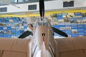 Blick über den Rumpf, den Windschutzaufbau bis hin zum Propeller