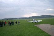 Die Bf 109 G-4 rollt zum Start, die Flugvorführung beginnt