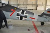Rumpf der 'roten Sieben' mit horizontalem Balken, dem taktischen Zeichen einer II. Gruppe