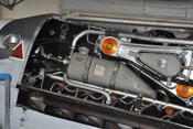Dampfluftabscheider, Kühlmitteltank, Hydrauliköltank und Entstörrohr des Daimler-Benz DB 605