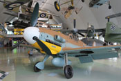 Messerschmitt Bf 109 G-2 'WNr. 10639' in der Milestone of Flight Ausstellung des Royal Air Force Museums in London-Hendon