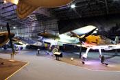 Jagd- und Nachtjagdflugzeuge der Luftwaffe (v.r.) Messerschmitt Bf 109 E-4, Junkers Ju 88 R-1 und Messerschmitt Bf 110 G-4