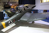 Blick auf den Rumpf der 'RI+JK' und die typischen Knickflügel der Ju 87 mit ihren zweigeteilten Landeklappen