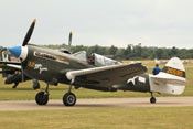 Curtiss P-40N 'Warhawk' 2105915 (F-AZKU)