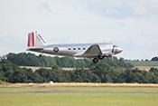 Abheben der Douglas C-53D-DO Dakota LN-WND