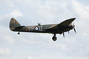 Bristol Blenheim MkI G-BPIV wenige Sekunden nach dem Start