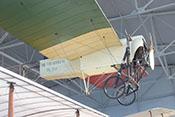 Bleriot XI-2 von 1909 im Hangar 'Troster'