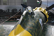 Blick in das Cockpit der Macchi C200