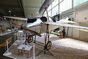 Schul- und Aufklärungsflugzeug Rumpler Taube, Erstflug 1910