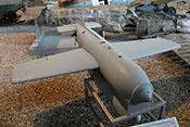 Fernsteuerbare Gleitbombe Henschel Hs 293 A-1 mit Walter Flüssigkeits-Raketentriebwerk