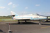 Jagdflugzeug Dassault Super Mystère B.2, das erste in Westeuropa serienmäßig gebaute und eingesetzte Überschallflugzeug