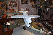Henschel Hs 293 - funkgesteuerte 660-kg-Gleitbombe mit Kopfring