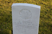 Grabstein eines unbekannten kanadischen Soldaten